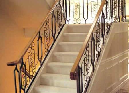 Cầu thang sắt đẹp nhất CT3010