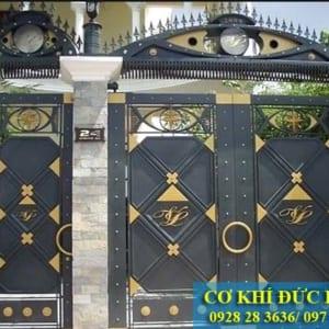 Mẫu cửa cổng sắt đẹp CS1930