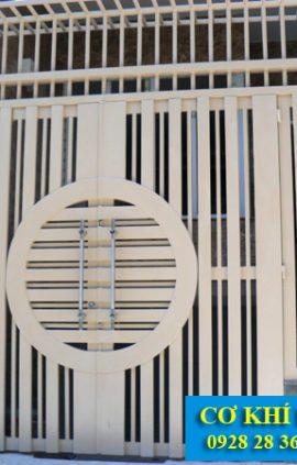 Mẫu cửa cổng sắt nhà phố cs1938