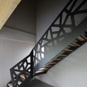 Mẫu cầu thang sắt đẹp hiện đại CT3028