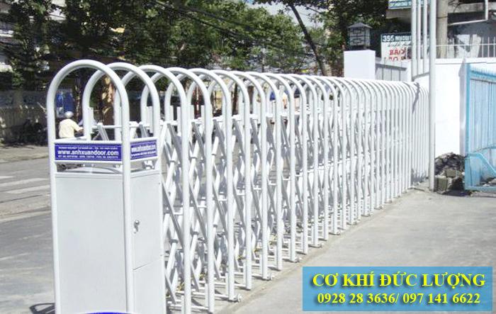 Cửa cổng inox trượt tự động