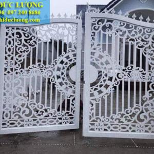 Mẫu cửa cổng sắt nghệ thuật CS2005
